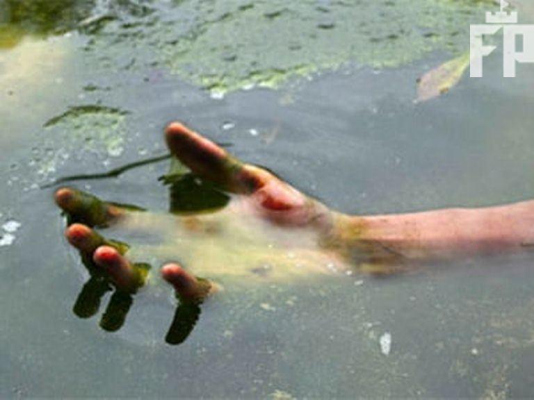 В річці Молочна знайшли труп молодого мужчини