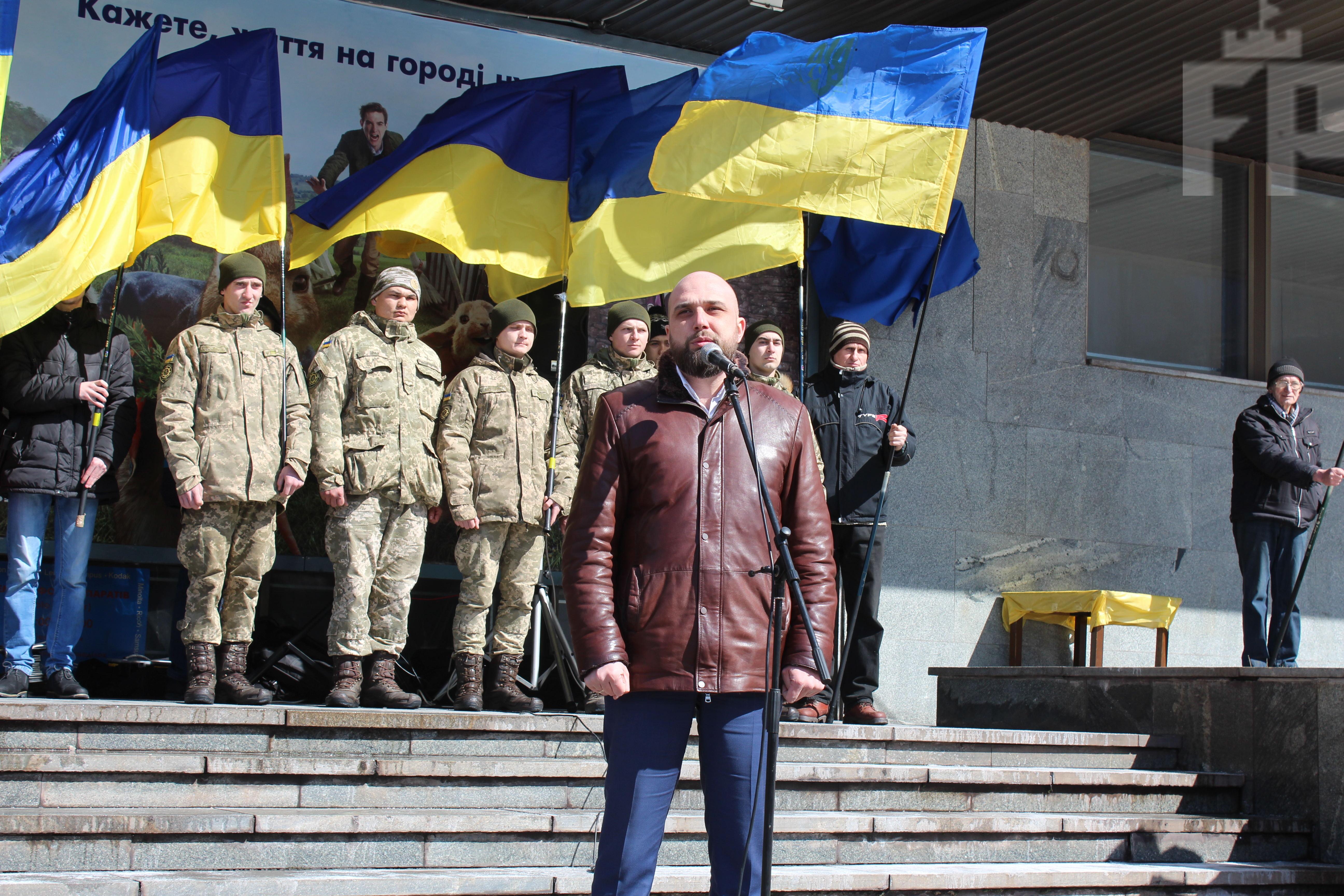 Запорожский политик рассказал, почему в городе решили увековечить память Героя Украины