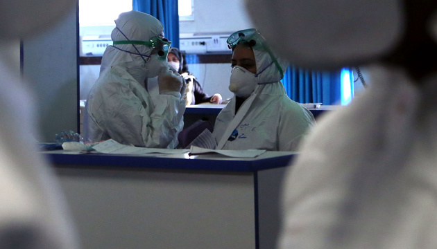 TEHRAN, IRAN - MARCH 02: Health officers, wearing masks and special protective suits are seen at a hospital in Tehran, Iran on March 02, 2020. The death toll from coronavirus in Iran has reached to 66 as 12 more people lost their lives due to the disease and the total number of confirmed cases rose to 1501.  ( Fatemeh Bahrami - Anadolu Agency )
