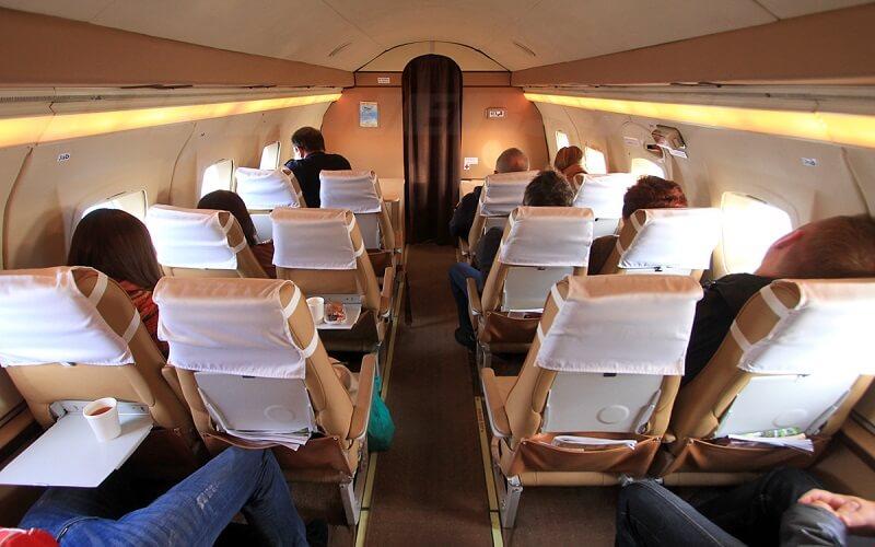 Запорізька авіакомпанія зупиняє рейси до Білорусі на місяць