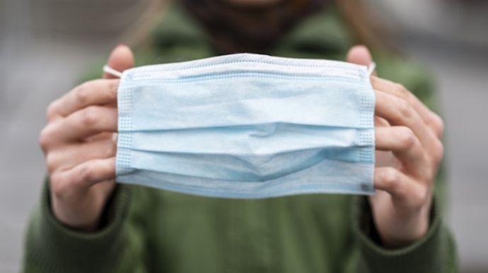 Штраф за маску: на Запоріжжі минув суд над працівником магазину