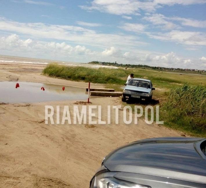 На пляжі в Приморському Посаді знову встановили загородження: фотофакт